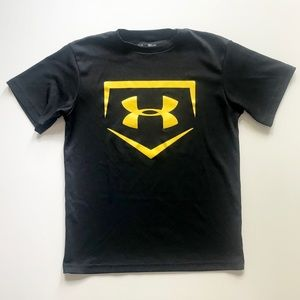 Boys Under Armour Black Yellow Shirt Sz Small EUC